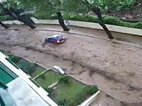 20日に発生した豪雨と洪水による土砂崩れで悲惨な事になっているマデイラ島の様子