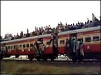 ネタ扱いwインドの乗車率200%オーバーの電車が実際に走っている様子