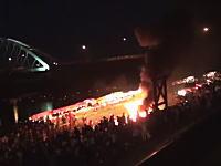 福知山市の屋台爆発事故で爆発直前と直後の映像が公開される。2度目の爆発あり。