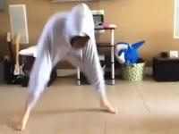 この姉ちゃんのダンスきめえええええええw(゚o゚)wってなる一瞬(7秒)動画