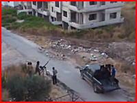 自分たちに向かってくるミサイルを目視した人たち。シリア動画。衝撃注意。