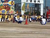 高校の体育祭に100メートルを10秒01のヤツが出たら・・・。とう動画が人気。