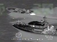 夜中に海から麻薬を運び込もうとする麻薬密輸船と沿岸警備隊の戦いの記録。