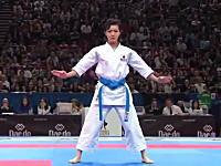 世界よこれが日本の空手だ!世界一の「形」宇佐美里香さんの演武が人気に。