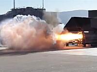 圧倒的パワー感。NASAの新型ハイブリッドロケットエンジンの燃焼試験の映像。