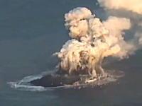 東京の南に新しい島が誕生(動画)これはこの前の地震と関係があるのかな?