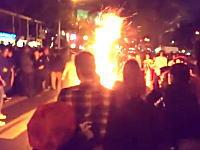人体発火現象?パーティーの最中に突然一人の男性が燃えて死亡してしまう事故