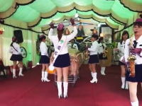 台湾のお葬式が楽しそうな事になっているww故人の周りをミニスカ姉ちゃんがクルクル。
