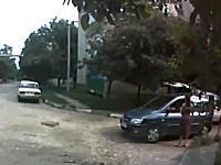 運が悪いのか不注意か。良く分からない所でエアバッグが作動してしまう車。