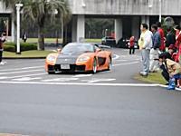 宮崎県のスーパーカーミーティングで人をはねた車の動画がアップロードされる