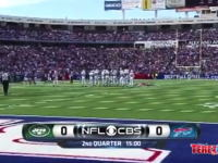 NFLのテレビ中継にスタジアムから落下するファンの姿が映っていたwwww