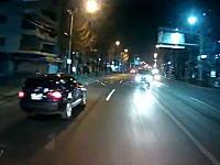 新青梅街道で対向車が中央線を越えて突撃してきたドラレコ。うわっ!あ゛~~!
