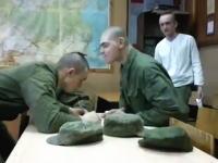 ロシアの軍人さんがおもロシア。スプーンゲームで延々と騙され続けているヤシww