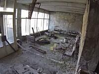 廃墟探索。原発事故で廃墟と化したチェルノブイリの今。福島は大丈夫なのかよ。