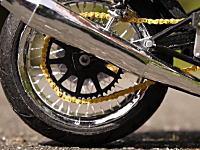 日本人の本気を見た。ニコ神が紙で作ったバイクの模型が凄すぎて笑える動画。