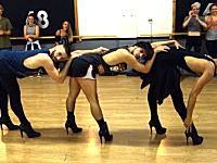 ビヨンセのセクシーダンスを男たちが本気でやるとこうなる。なにこれかっけえww