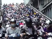 台湾の通勤ラッシュやべえwwwスクーターまじ多すぎて難易度が高い朝www