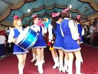 台湾のお葬式がとても賑やかな事になっている2014。ミニスカ姉ちゃんがピッピーピッ!