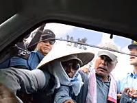 「車から引き摺り下ろせ」「殺してやる」普天間基地問題のプロ市民こわすぎ笑えない