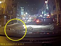 当り屋?が犯行に失敗してまともに轢かれてしまうドライブレコーダー。韓国。