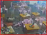 タイのギャングの抗争がヤバい。完全に殺りに来てる男たちの戦い。監視カメラ。