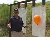 シューティングの神ジェリー・ミクレック氏が拳銃による1000ヤードショットに挑戦。