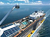 新しく建設された豪華客船クァンタム・オブ・ザ・シーズがデカい。全長348メートルのフネ。