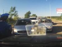 これは酷いwww「ここ僕の車線なのに対向車がみんな突っ込んでくる(´・_・`)」