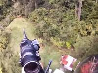 海外のハンター動画。ヘリコプターから野生の鹿を次々と狙撃していくビデオ。
