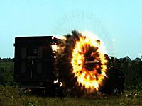 ハイスピードカメラで見るミサイルテスト。ロッキード・マーティンDAGR&ヘルファイア