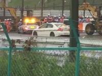鈴鹿で観客が撮影していたジュール・ビアンキの事故現場の映像がアップされる。