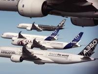 エアバスの最新機「A350 XWB」の完成を記念して編隊飛行をやってみた動画。