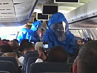 乗客の一人が機内で「俺はエボラに感染している!」と嘘をついた為に大事に。