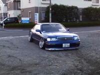 鳥取県の田舎にシャコタン車はつらい。ジャリ駐車場借りてるなら車選べよw