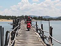 旅動画。ベトナムで3万円ちょいでゲットしたホンダのバイクで1800キロの旅をした。