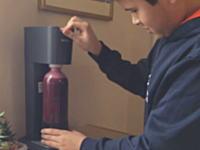 これは大惨事wwwソーダストリームを使ってワインを炭酸化しようとしてwwwww