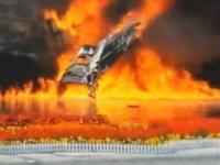中国で試験飛行中の国産戦闘機J-10Bが墜落。その事故現場の映像がアップされる。