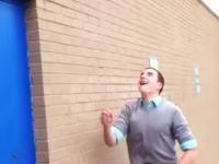 ハイテンションっぷりにワロタwwwしょうもない事で超盛り上がる男たち6秒動画。