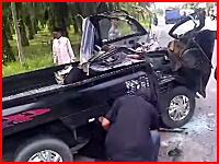 ぎゃー怖い。どうしたらこんな事故に・・・。恐ろしすぎる事故現場を撮影したビデオ。注意。