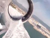 24時間夢の国!ディズニー・ファンタジー号に設置されたウォータースライダーが超透明。