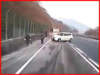 二次災害。韓国で撮影されたこの事故の映像がヤバすぎる(((゚Д゚)))うわあああ