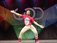 このダンサーすげえwwwダンス大会に登場したアメージングなダンサーの映像が人気に。