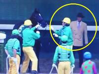 競馬の京阪杯で発走委員によるローブディサージュに対する暴力行為が問題になっているらしい。