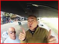 回転している飛行機のプロペラに接触して耳を失ったおじさんの動画(((゚Д゚)))