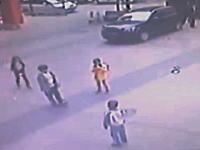 ちょwww爆発しすぎ・・・。中国のマンホール爆破遊びが危険すぎる(((゚Д゚)))