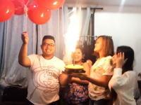 危険なハプニング。お誕生日会でケーキの花火が風船に引火してしまい・・・。