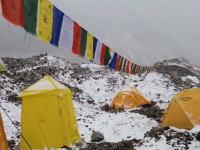 ネパール大地震でエベレストのベースキャンプを襲った雪崩の映像が公開される。雪崩ってこんなにデカいのか(((゚Д゚)))