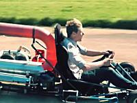 自宅のガレージでジェットカートを製作して走らせてみた動画。メイキング映像あり。