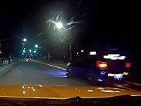 いかついクラクションはドキドキする(@_@;)夜道でキチガイ車に鬼煽りされたドラレコ。