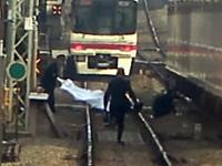 京王線で起きた人身事故の事故処理の様子。これはレアなビデオじゃないかな。